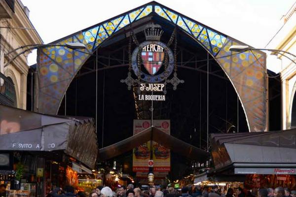 La Boqueria Mercat – The Most Famous Market in Barcelona