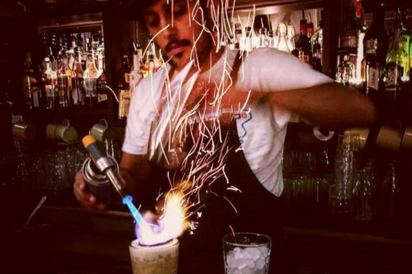 Best bartenders in Creps al Born