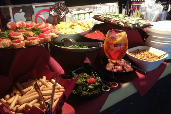 There's always a free italian buffet at No Sé Barcelona