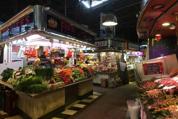 La Boqueria Market Barcelona is calm before 9am when the crowds